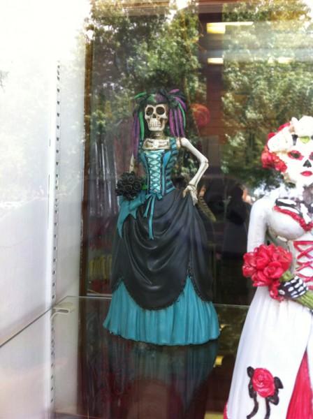 Sexy-skull-lady_w600